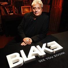 Anthony Blake - Grupokaps Productions
