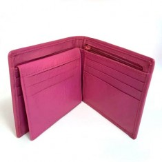 The Hip Wallet - Pink Leather by Jerry O'Connell and PropDog