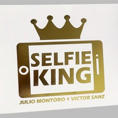 Selfie King by Julio Montoro and Victor Sanz