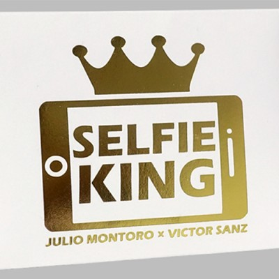 Selfie King by Julio Montoro and Victor Sanz