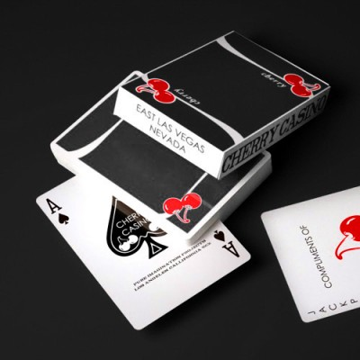 Cherry V3 True Black - Playing Cards
