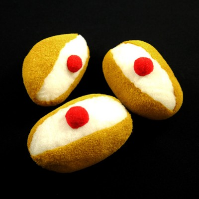 Sponge Buns by Alexander May