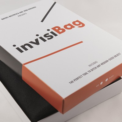 Invisibag by Joao Miranda and Rafael Baltresca